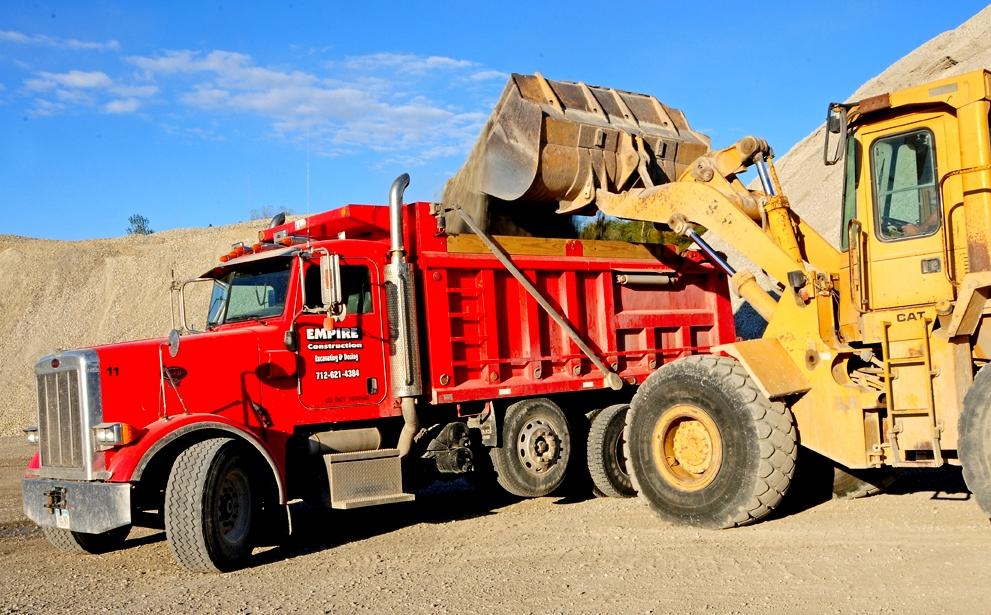 2005 Peterbuilt Dump Truck